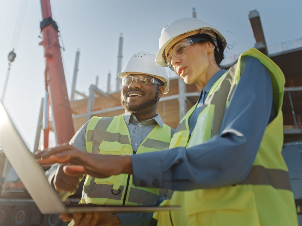 What is a Commercial Contractor?